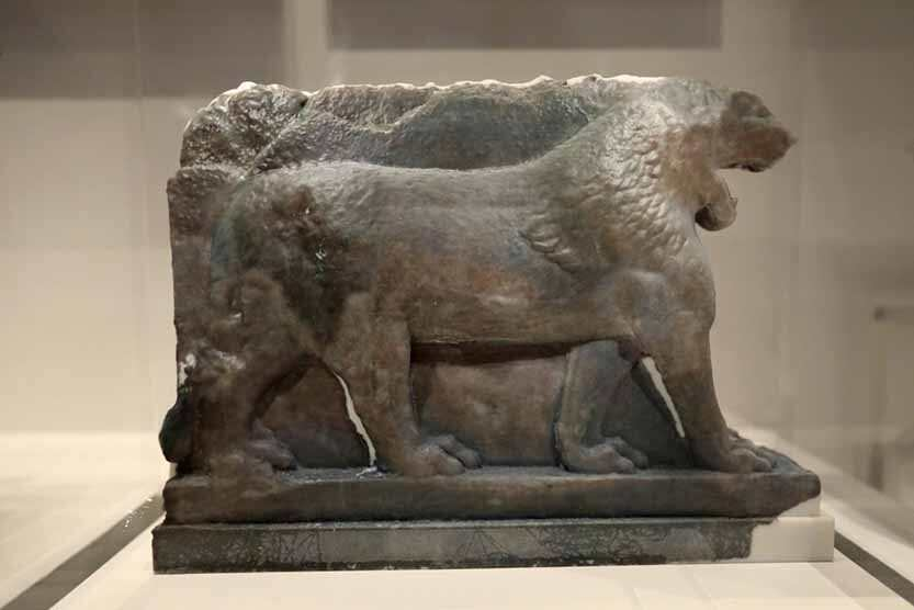 3D打印的古代摩苏尔狮子的娱乐作品在伦敦帝国战争博物馆展出